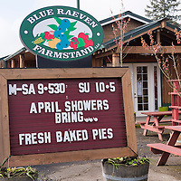 Exterior of Blue Raeven Farmstand located in the heart of Oregon's wine country in the town of Amity and known for its fresh-baked pies and gourmet foods.