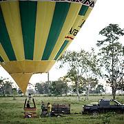 montgolfière en foret amazonienne