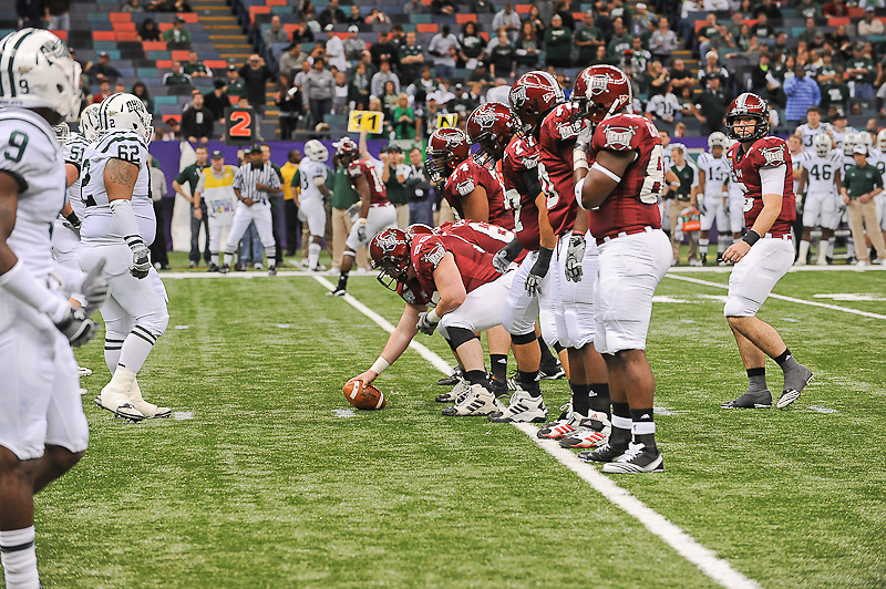 Troy Trojans football team lining up during the first half of the game. Troy Trojans leads Ohio Bobcats 38-7 at half time.