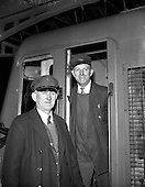 1960 - Cork - Dublin bomb scare train arrives in Dublin