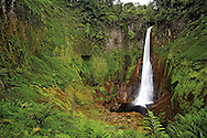 Del Toro Waterfall, near Po&aacute;s Volcano, Costa Rica.<br />