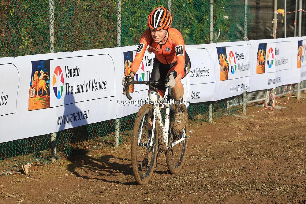 10-11-2019: Wielrennen: Europees Kampioenschap Veldrijden: Silvelle<br />Shirin van Anrooij