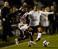 20090603: RIO DE JANEIRO, BRAZIL - Corinthians vs Santos FC – Semi Finals: Brazilian Cup 2009. In picture: Jorge Henrique (Corinthians) and Fernandinho (Vasco). PHOTO: CITYFILES