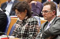 Nederland. Den Haag, 27 oktober 2010.<br /> De Tweede Kamer debatteert over de regeringsverklaring van het kabinet Rutte.<br /> CDA kamerleden Ferrier en Biskop<br /> Kabinet Rutte, regeringsverklaring, tweede kamer, politiek, democratie. regeerakkoord, gedoogsteun, minderheidskabinet, eerste kabinet Rutte, Rutte1, Rutte I, debat, parlement<br /> Foto Martijn Beekman