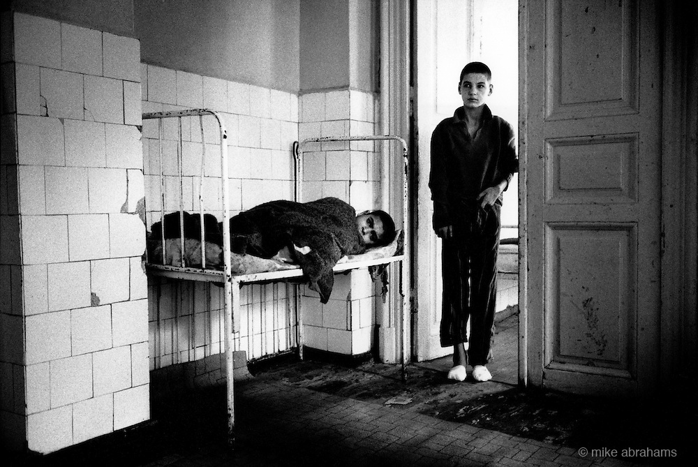 Children at the Gradinari hospital for the handicapped near Bucharest. A staff of four nurses, a medical assistant, a cook and a washerwoman look after 96 children and 25 adults. Romania, Feb 1990