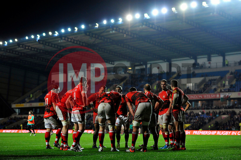 The London Welsh players have a word after conceding a try - Photo mandatory by-line: Patrick Khachfe/JMP - Mobile: 07966 386802 23/11/2014 - SPORT - RUGBY UNION - Oxford - Kassam Stadium - London Welsh v Leicester Tigers - Aviva Premiership