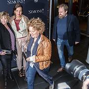 NLD/Amsterdam/20160203 - Premiere Simone, Brigitte Kaandorp en partner Jan
