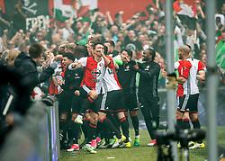 14-05-2017 NED: Kampioenswedstrijd Feyenoord - Heracles Almelo, Rotterdam<br /> In een uitverkochte Kuip pakt Feyenoord met een 3-0 overwinning het landskampioenschap / Dirk Kuyt #7 scoort de 1-0 en viert feest