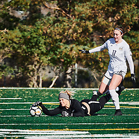 5th year goalkeeper, Ashton Lowry (1) of the Regina Cougars during the Women's Soccer home game on Sun Oct 14 at U of R Field. Credit: Arthur Ward/Arthur Images