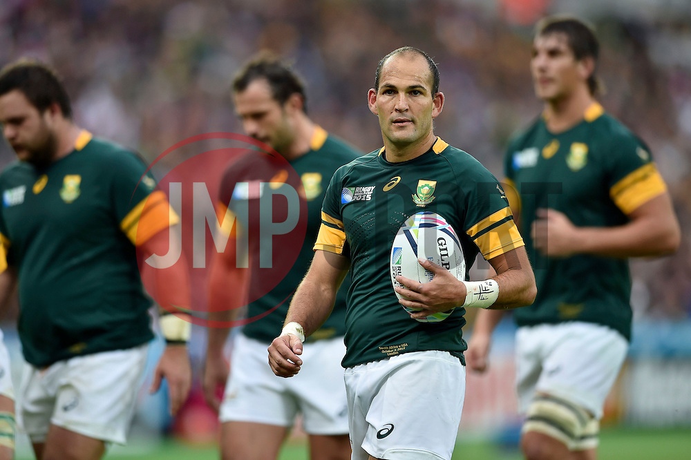 Fourie du Preez of South Africa looks on - Mandatory byline: Patrick Khachfe/JMP - 07966 386802 - 07/10/2015 - RUGBY UNION - The Stadium, Queen Elizabeth Olympic Park - London, England - South Africa v USA - Rugby World Cup 2015 Pool B.