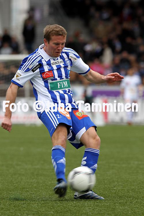 6.5.2012, Sonera Stadion, Helsinki..Veikkausliiga 2012..HJK Helsinki - Inter Turku..Sebastian Sorsa - HJK