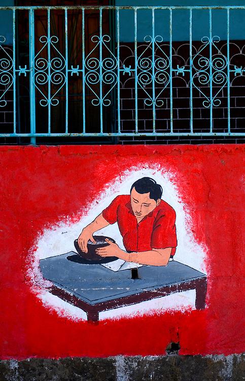 Nicaragua / San Juan de Oriente / Artesians / Pottery / Wall Painting