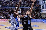 DESCRIZIONE : Campionato 2015/16 Serie A Beko Dinamo Banco di Sardegna Sassari - Dolomiti Energia Trento<br /> GIOCATORE : Diego Flaccadori<br /> CATEGORIA : Tiro Penetrazione Sottomano<br /> SQUADRA : Dolomiti Energia Trento<br /> EVENTO : LegaBasket Serie A Beko 2015/2016<br /> GARA : Dinamo Banco di Sardegna Sassari - Dolomiti Energia Trento<br /> DATA : 06/12/2015<br /> SPORT : Pallacanestro <br /> AUTORE : Agenzia Ciamillo-Castoria/L.Canu