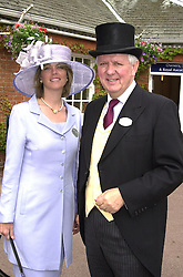 MR & MRS STEVEN NORRIS, he is the former MP <br /> and Conservative candidate for Mayor of London, at<br />  Royal Ascot on 21st June 2000.OFP 3<br /> © Desmond O'Neill Features:- 020 8971 9600<br />    10 Victoria Mews, London.  SW18 3PY <br /> www.donfeatures.com   photos@donfeatures.com<br /> MINIMUM REPRODUCTION FEE AS AGREED.<br /> PHOTOGRAPH BY DOMINIC O'NEILL