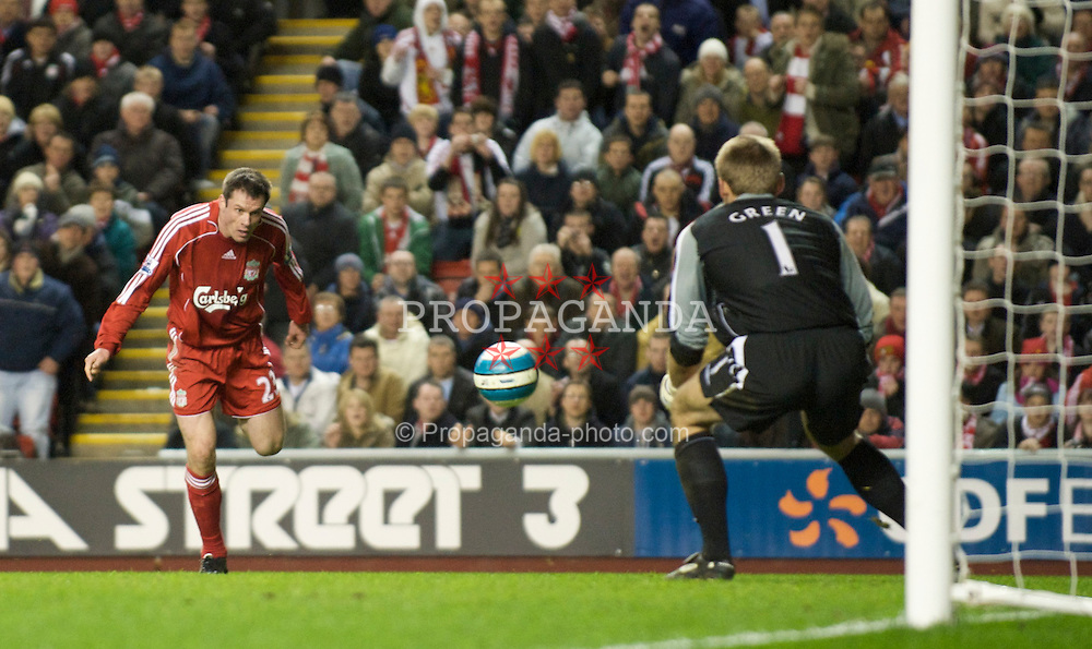 LIVERPOOL, ENGLAND - Wednesday, March 5, 2008: Liverpool's Jamie Carragher and West Ham United's goalkeeper Robert Green during the Premiership match at Anfield. (Photo by David Rawcliffe/Propaganda)