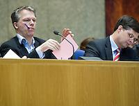 Nederland. Den Haag, 2 maart 2007<br /> Het vierde kabinet Balkenende legt in de Tweede kamer de regeringsverklaring af. Wouter Bos naast Balkenende in vak K<br /> Foto Martijn Beekman<br /> NIET VOOR TROUW, AD, TELEGRAAF, NRC EN HET PAROOL