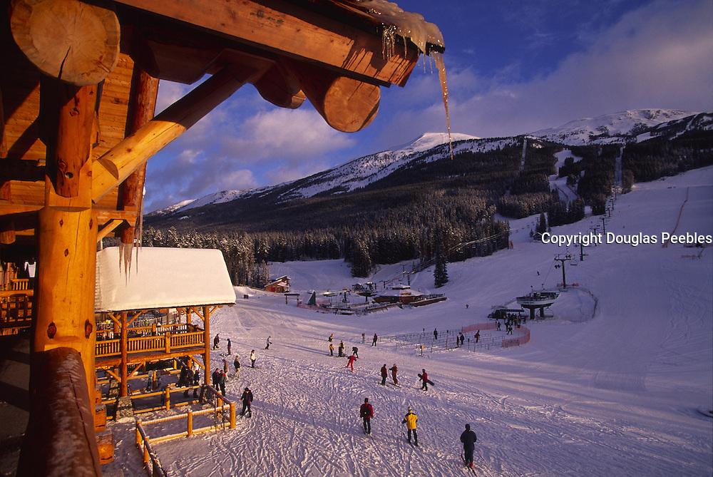 Skiing, Lake Louise, Banff National Park, Canada<br />