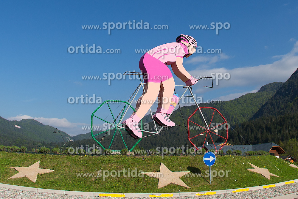 15.05.2013, Tarvis, ITA, Giro d Italia 2013, 11. Etappe, Tarvis nach Vajont, im Bild Giro Dekoration an einem Kreisverkehr // cyclist as a Giro decoration on a roundabout during Giro d' Italia 2013 at Stage 11 from Tarvis to Vajont at Tarvis, Italy on 2013/05/15. EXPA Pictures © 2013, PhotoCredit: EXPA/ J. Groder