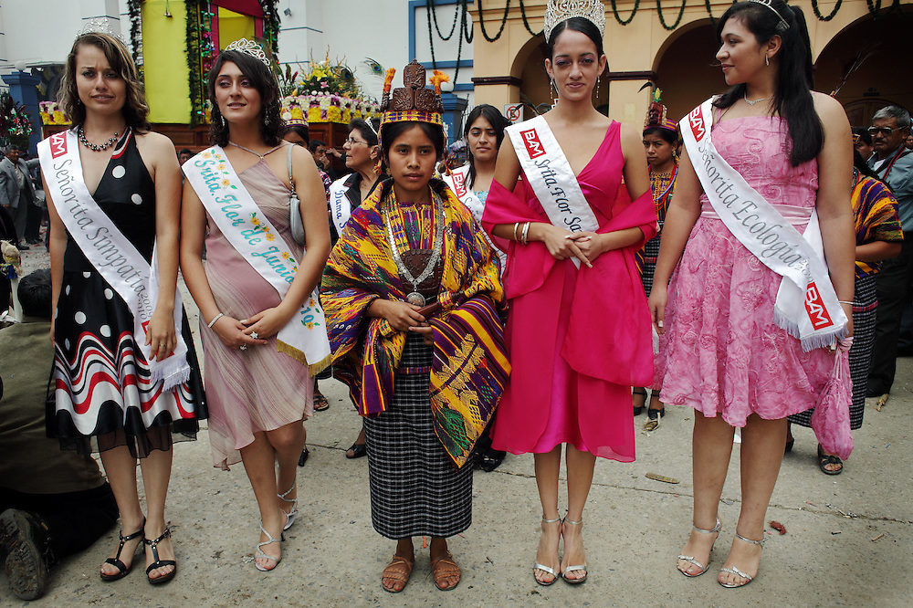 Elected Queens participate in a procession as part of Saint John the Baptist celebrations in San Juan Sacatepequez, Wednesday, June 24, 2009. (AP Photo/Rodrigo Abd)