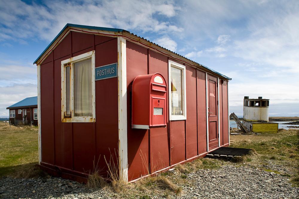 Pósthúið í Flatey á Breiðafirði..The postoffice on island Flatey in Breidafjordur.