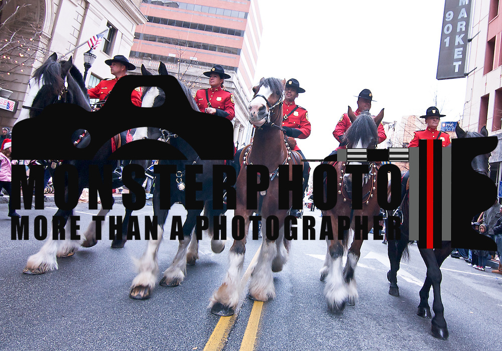 11/26/10 Wilmington DE: The New Castle Mounted police during the festivities at the Wilmington 47th annual Christmas parade today...Special to The News Journal/SAQUAN STIMPSON
