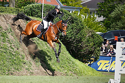 Kleis Thomas (GER) - Carassina<br /> Derby of Hamburg 2010<br /> © Dirk Caremans