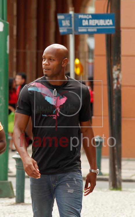 Bel&eacute;m - PA - 09/08/2014 - Grande Pr&ecirc;mio Caixa Par&aacute; de Atletismo 2014 - Principal atra&ccedil;&atilde;o do 30 Grande Pr&ecirc;mio Brasil Caixa Par&aacute; de Atletismo, o ex-recordista mundial dos 100 m, Asafa Powell, da Jamaica, em frente ao teatro da Paz.<br /> Foto - Raimundo Pacc&oacute;/frame