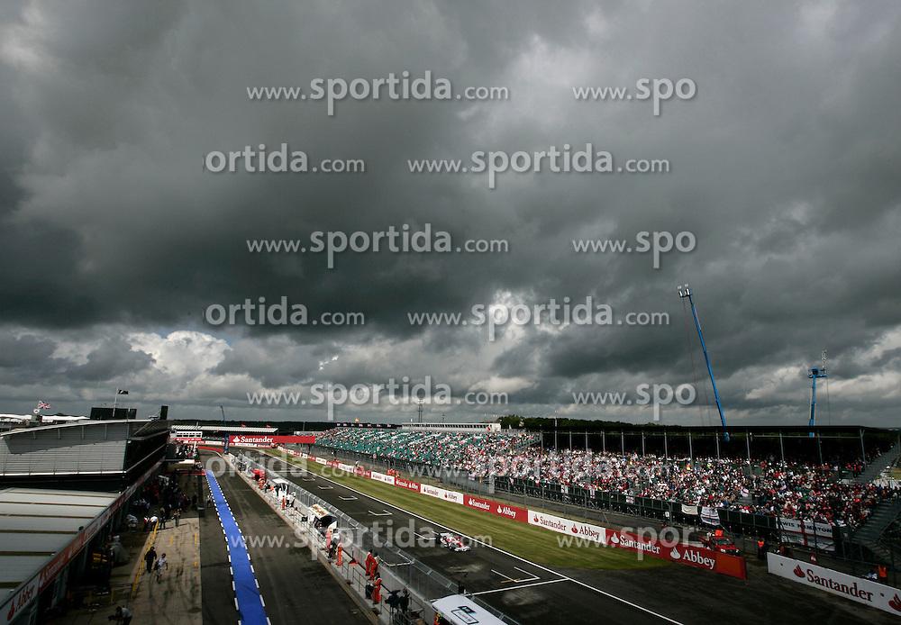FORMEL 1: GP von Grossbritannien, Silverstone, 05.07.2009 <br /> Illustration, Rennstrecke, Start- Zielgerade<br /> &Atilde;'&Acirc;&copy; pixathlon