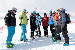 11.02.2017, St. Moritz, SUI, FIS Weltmeisterschaften Ski Alpin, St. Moritz 2017, Abfahrt, Herren, im Bild Sepp Brunner (Cheftrainer Swiss Ski Herren Speed), Peter Pen of Slovenia, Alex Hoedlmoser (Cheftrainer US Skiteam Herren Speed), Mathias Berthold (DSV Bundestrainer Herren), Massimo Carca (FISI Cheftrainer Herren), Andreas Puelacher (Sportlicher Leiter ÖSV Ski Alpin Herren), David Cheftem (FRA, Ski Alpin Cheftrainer) mit Trainern anderer Nationen // Swiss Ski Coach Sepp Brunner Alex Hoedlmoser (Men's Speed Headcoach of US Skiteam) DSV head coach Men Mathias Berthold Massimo Carca (FISI Headcoach Ski Alpin men) Austrian Ski Association head Coach alpine Men's Andreas Puelacher head coach of French Ski team David Cheftem and Coaches of other Nations before the beginning of the men's Downhill of the FIS Ski World Championships 2017. St. Moritz, Switzerland on 2017/02/11. EXPA Pictures © 2017, PhotoCredit: EXPA/ Johann Groder
