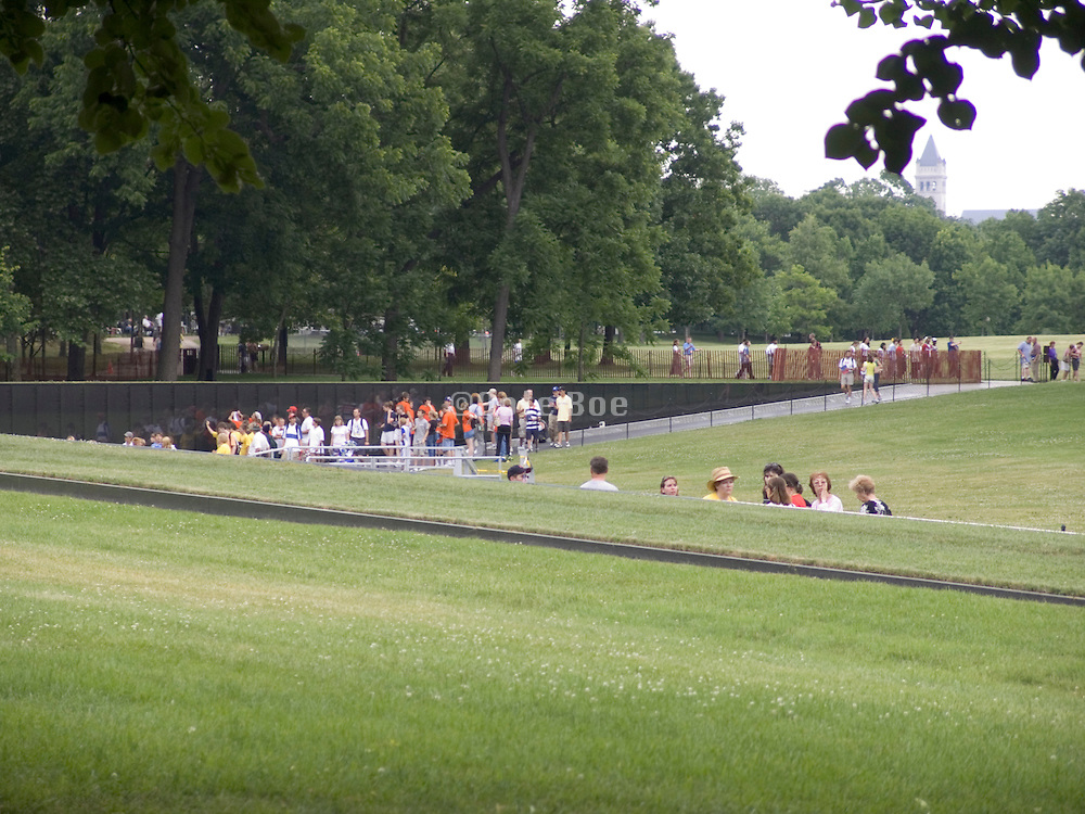 overview Vietnam War Memorial Washington D C