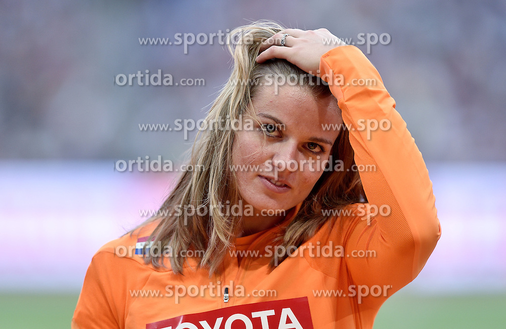 29-08-2015 CHN: IAAF World Championships Athletics day 7, Beijing<br /> Winner Dafne Schippers (NED) at medal ceremony of 200 m Women Photo by Ronald Hoogendoorn / Sportida