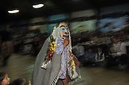 Canada. Queen Charlotte island. Skidegate village.  Healing Potlach -    - Haida -  Indians traditional ceremony;  dances  Skidegate, queen Charlotte island  Canada  by  chief Miles Richardson. (with bill Reid) /  Potlach; cérémonie traditionnelle des indiens Haidas, Danses  Skidegate, queen Charlotte island  Canada donnée par le chef Miles Richardson. avec Bill Reid   /  -   Potlach. Skidegate. Robert Davidson et Terri-Lynn Davidson accompagnés de leurs tambours entonnent les chants traditionnels accompagnant le potlach.
