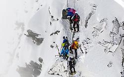 THEMENBILD - Stau am Kleinglockner. Der Großglockner ist mit 3798 m ü.A. der höchste Berg Österreichs und ein beliebtes Ziel zahlreicher Bergsteiger. Er ist in der Glocknergruppe in den Hohen Tauern. Aufgenommen am 11.10.2014 in Tirol, Österreich // Mountaineers at Kleinglockner. Grossglockner is the highest mountain of austria and is located in the Hohe Tauern mountain range which is part of the central eastern alps. Tyrol, Austria on 2014/10/11. EXPA Pictures © 2014, PhotoCredit: EXPA/ Michael Gruber