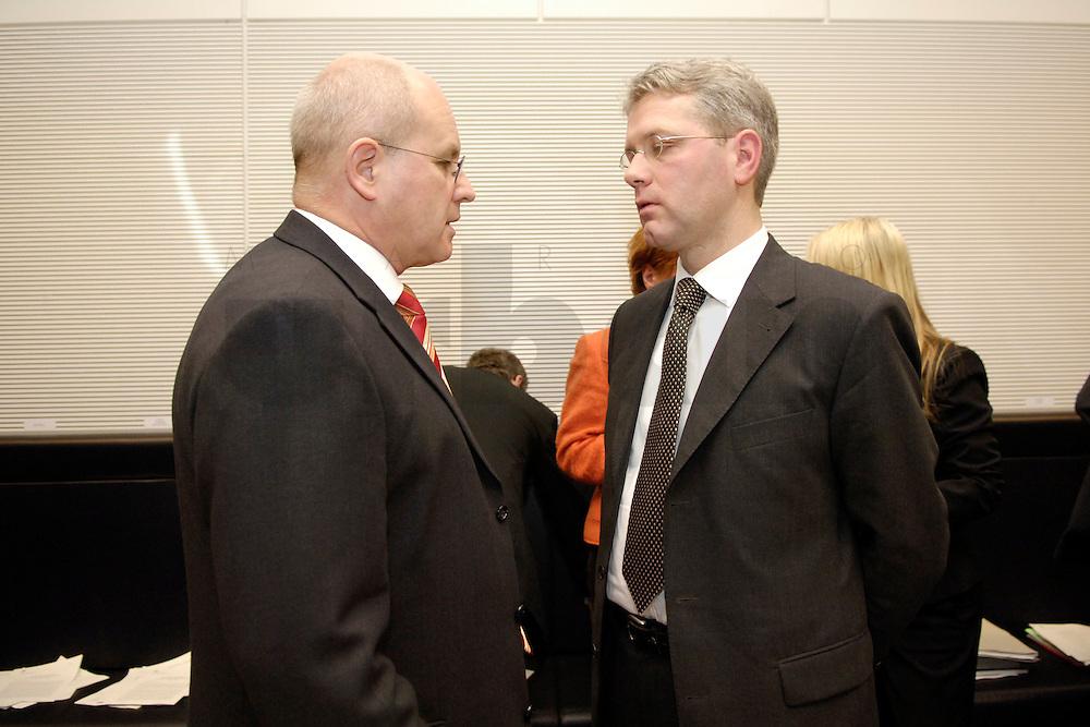 07 FEB 2006, BERLIN/GERMANY:<br /> Volker Kauder (L), CDU, CDU/CSU Fraktionsvorsitzender, und Dr. Norbert Roettgen (R), CDU, 1. Parlamentarischer Gesch&auml;ftsf&uuml;hrer der CDU/CSU-Bundestagsfraktion, im Gespraech, vor Beginn der Fraktionssitzung, Deutscher Bundestag<br /> IMAGE: 20060207-01-006<br /> KEYWORDS: Gespr&auml;ch, Norbert R&ouml;ttgen