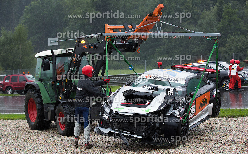 02.08.2015, Red Bull Ring, Spielberg, AUT, Audi Sport TT Cup, Qualifikation, im Bild Autobergung von Anton MArklund (SWE) // during the DTM Championships 2015 at the Red Bull Ring in Spielberg, Austria, 2015/08/02, EXPA Pictures © 2015, PhotoCredit: EXPA/ Dominik Angerer