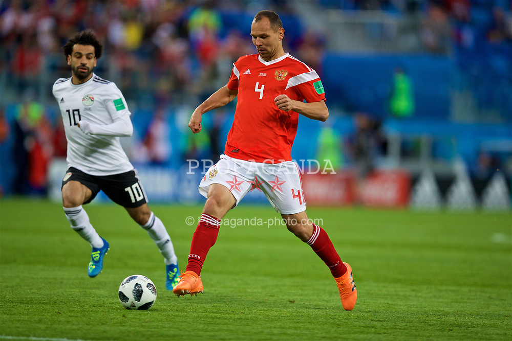 SAINT PETERSBURG, RUSSIA - Tuesday, June 19, 2018: Russia's Sergey Ignashevich during the FIFA World Cup Russia 2018 Group A match between Russia and Egypt at the Saint Petersburg Stadium. (Pic by David Rawcliffe/Propaganda)