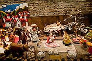 Roma 22 Novembre 2012.Inaugurata l'esposizione intermazionale 100 Presepi.Il presepe in cartepesta dipinta a mano di Benedicta Lee Young Sook (Corea).Rome November 22 st 2012  .Inaugurated the exhibition intermazionale 100 Nativity Scenes.The crib papier-mache hand painted of Benedicta Young Sook Lee (Korea).