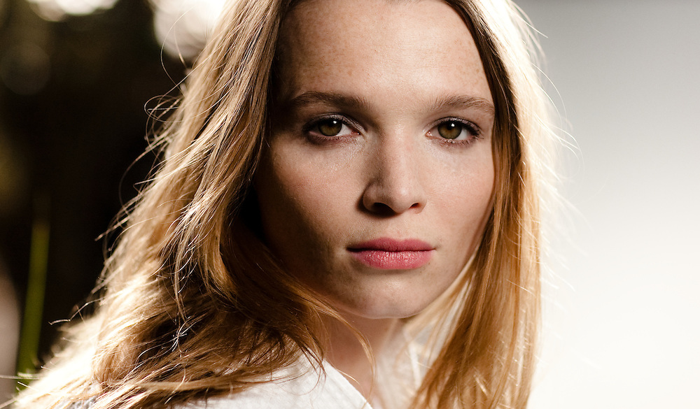Karoline Herfurth, Backstage Eve by Jil Sander.