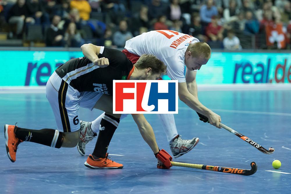 Hockey, Seizoen 2017-2018, 08-02-2018, Berlijn,  Max-Schmelling Halle, WK Zaalhockey 2018 MEN, Poland - Germany 3-6, MAKOWSKI Krystian (POL) en HANER Martin (GER).