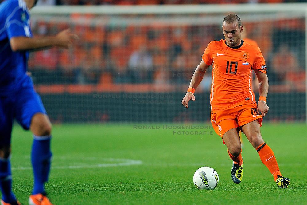 02-09-2011 VOETBAL: NEDERLAND - SAN MARINO: EINDHOVEN<br /> Nederland wint met 11-0 van San Marino / Wesley Sneijder<br /> &copy;2011-FotoHoogendoorn.nl