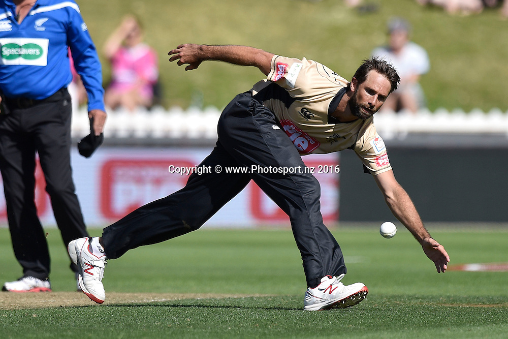 Grant Elliott of the North Island fields the ball during the North Island vs South Island cricket match at the Basin Reserve in Wellington on Sunday the 28th of February 2016. Copyright Photo by Marty Melville / www.Photosport.nz