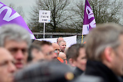 Nederland, Nijmegen, 25-2-2014Bij de vestiging van chipfabrikant NXP wordt door de bonden, vakbonden een stakingsactie georganiseerd om de looneisen kracht bij te zetten. De animo was bijzonder groot.Honderden mensen legden het werk neer voor een periode van 2 uur.Foto: Flip Franssen/Hollandse Hoogte