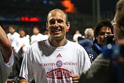 27-04-2010 VOETBAL: OLYMPIQUE LYON - BAYERN MUNCHEN: LYON<br /> Halve finale Champions League / Bayern Muchen plaatst zich voor de finale door Lyon met 3-0 te verslaan - Arjen Robben<br /> ©2010-FRH-nph / Straubmeier