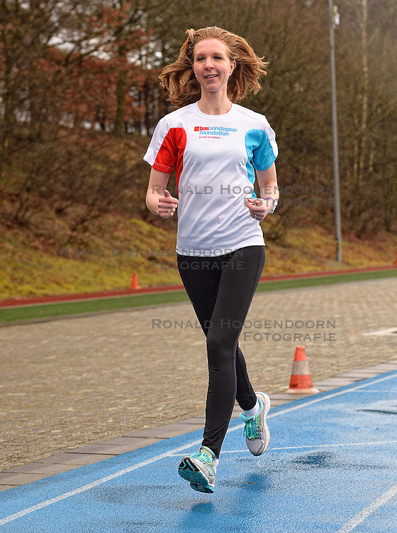 21-03-2015 NED: We Run 2 Change Diabetes NY 2015, Arnhem<br /> We run to change diabetes, training van de groep hardlopers met diabetes die op 1 november 2015 hun grenzen gaan verleggen in de marathon van New York / Sasja