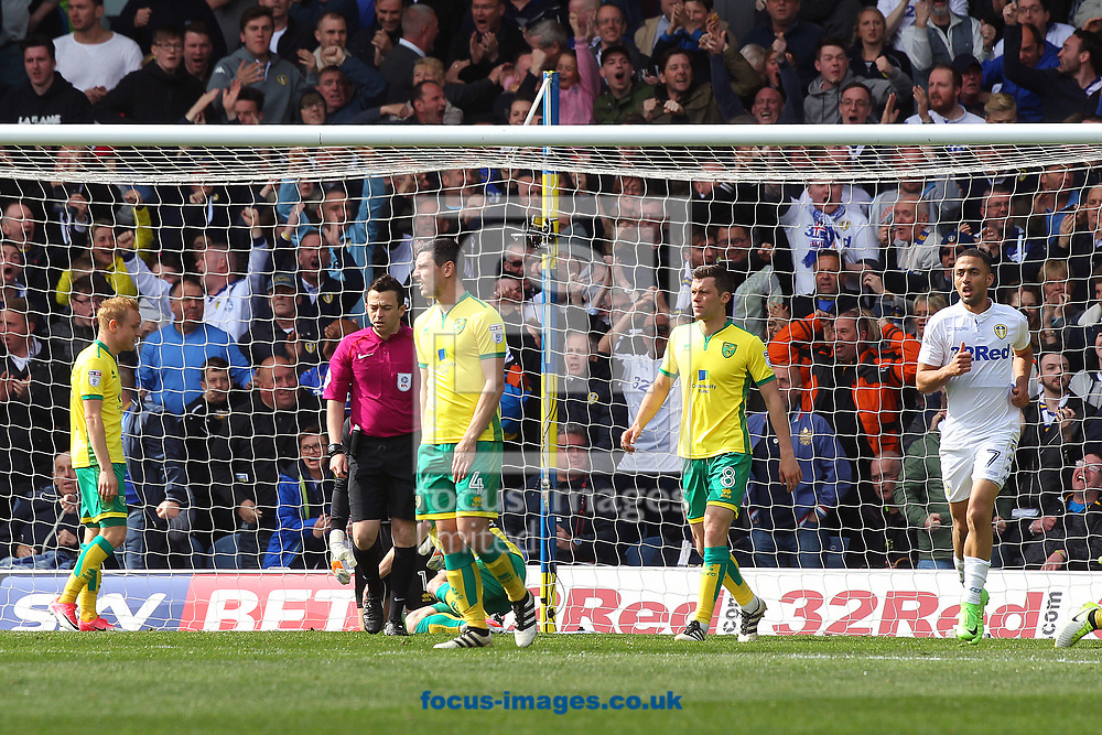The Norwich players look dejected after conceding their side&rsquo;s 2nd goal during the Sky Bet Championship match at Elland Road, Leeds<br /> Picture by Paul Chesterton/Focus Images Ltd +44 7904 640267<br /> 29/04/2017