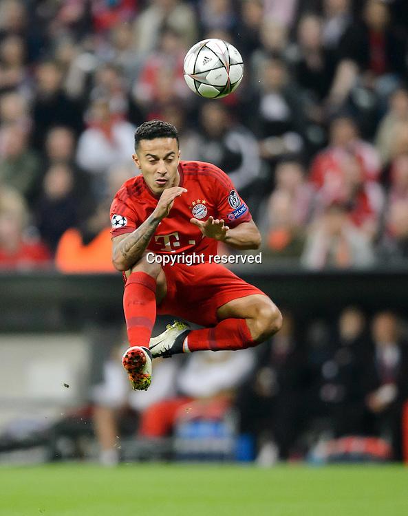 05.04.2016. Munich, Germany. UEFA Champions League FC Bavaria Munich versus Benfica Lisbon.  Thiago Alcantara on the Ball.