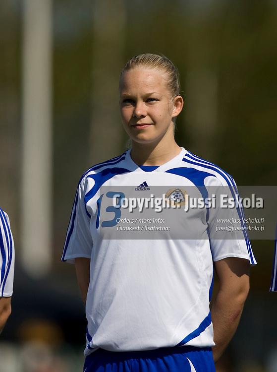 Leena Puranen. Suomi - Islanti. Naisten maaottelu. Espoo 4.5.2008. Photo: Jussi Eskola