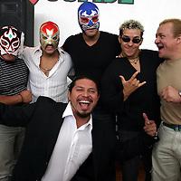 Toluca, Méx.- Luchadores de la LLL anunciaron que llevaran una serie de presentaciones de lucha libre a beneficio de la Cruz Roja. Agencia MVT / Gabriela Benitez. (DIGITAL)<br /> <br /> NO ARCHIVAR - NO ARCHIVE