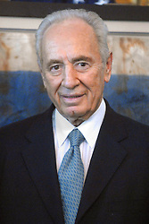 Former Israeli Premier Shimon Peres pays a visit to New York City Mayor Mike Bloomberg at City Hall in New York on July 31, 2006. Photo by Dennis Van Tine/ABACAPRESS.COM