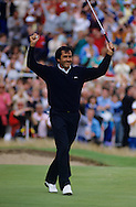 880720/ ROYAL LYTHAM ST. ANNES, UK/ PHOTO MARK NEWCOMBE/ THE OPEN CHAMPIONSHIP 1988<br /> <br /> SEVE BALLESTEROS after sinking the final PUTT IN THE FINAL ROUND to raise his arms in celebration of winning